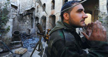 نصف مدينة، نصف حرب، نصف حياة…يوميات قذائف تدك مدن سورية