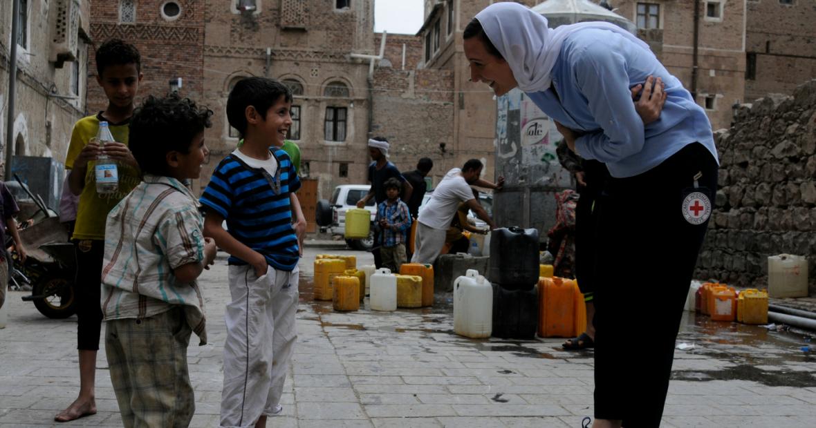 لا أحد يبكي على مدن اليمن