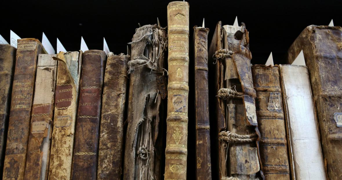 إبادة ذاكرة الإنسان:لم حاولت أيديولوجيات القرن العشرين تدمير الكتب والمكتبات؟