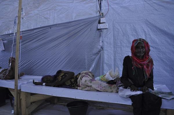 الكوليرا تقتنص الأضعف في حرب اليمن