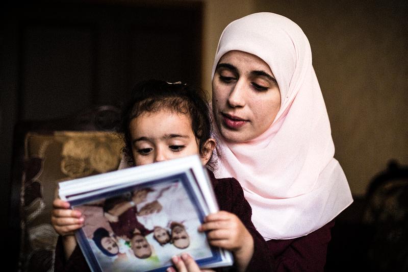 الصورة توثق المعاناة والأمل…مهاجرون ونساء مواضيع لفوتوغرافيا اللجنة الدولية
