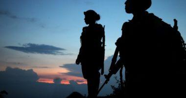 الإنصاف في معاملة النساء في القوات المسلحة: ثلاثة مقتضيات عملية للرعاية الطبية