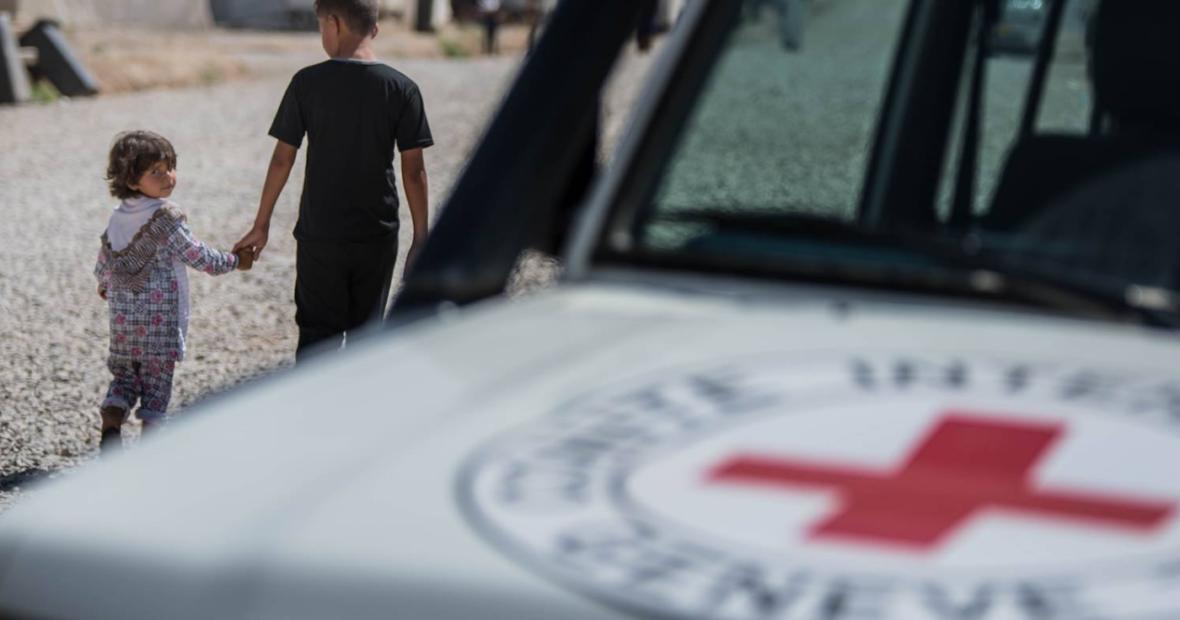 هل يحمل شعار اللجنة الدولية للصليب الأحمر أي دلالات دينية؟ أسئلة يطرحها متابعونا في العراق