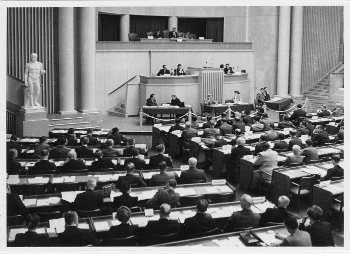 اتفاقيات جنيف في سبعين عامًا…تحولات النزاعات وتحديات الحماية