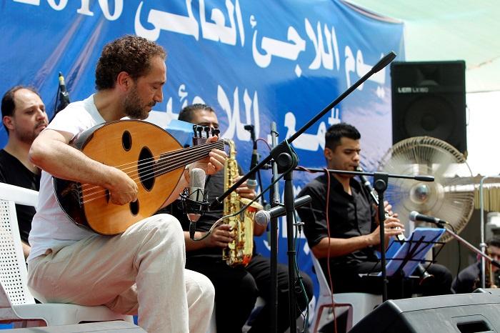 من الأرشيف: نصير شمّة يروي أحزان العراق بالموسيقى
