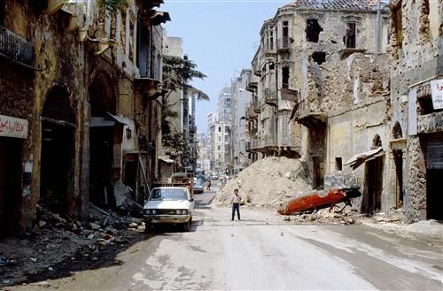 في لبنان: الحرب انتهت، لكن الحياة لم تبدأ بعد