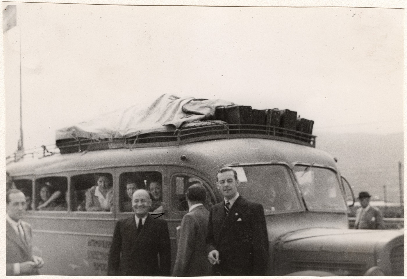 Guerre civile d'Espagne 1936-1939. Rapatriement de scouts. Archives CICR (DR), V-P-HIST-01855-32