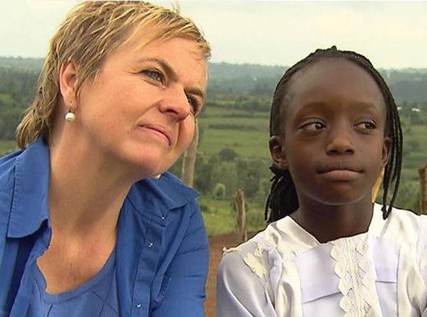 """La journaliste belge Annemie Struyf lors du tournage du documentaire """"Don't Touche Me"""""""