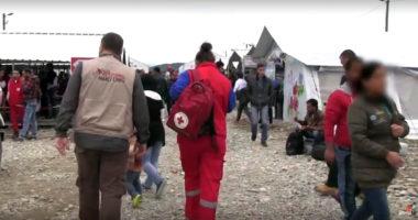 Routes des migrants : tenter de réunir ceux que l'exode a séparés