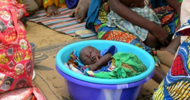 Nigéria : des cas de malnutrition et de rougeole chez les enfants alors que les habitants fuient les violences