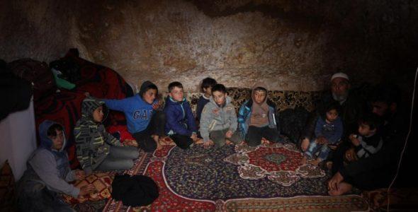 Idlib : urgence humanitaire absolue pour des centaines de milliers de personnes