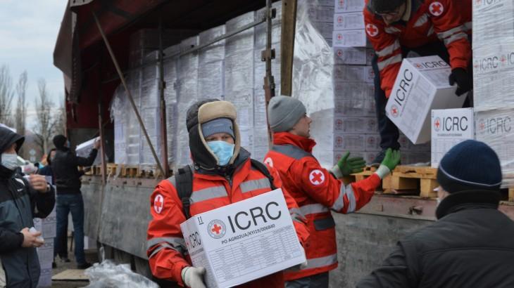 Ukraine: recrudescence des combats et Covid-19, la double peine