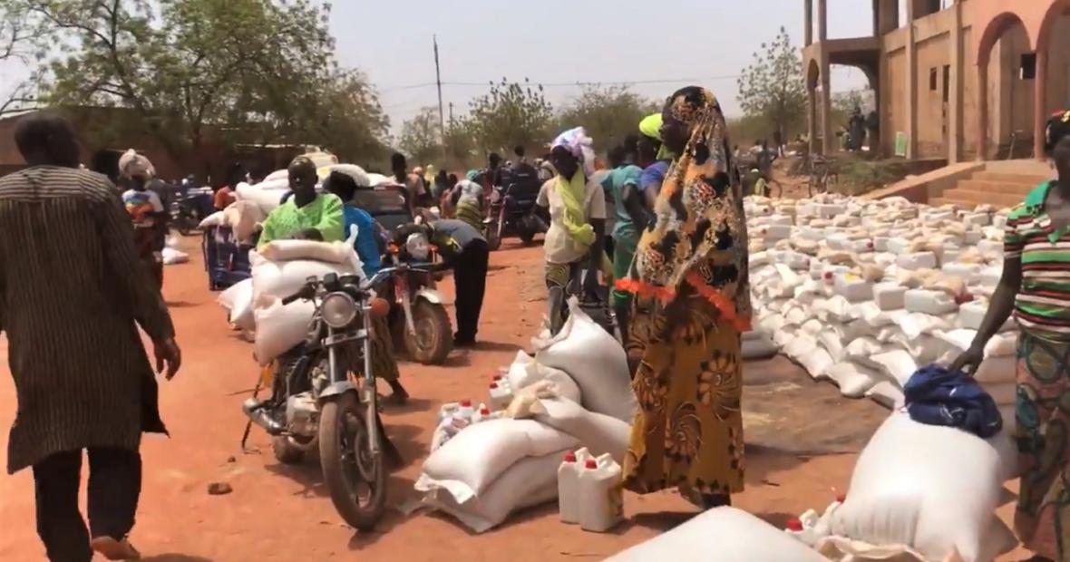 Burkina Faso : le CICR auprès des centaines de milliers de déplacés par le conflit