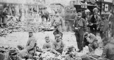 La Croix-Rouge présente dans le premier photo-reportage de l'histoire ?