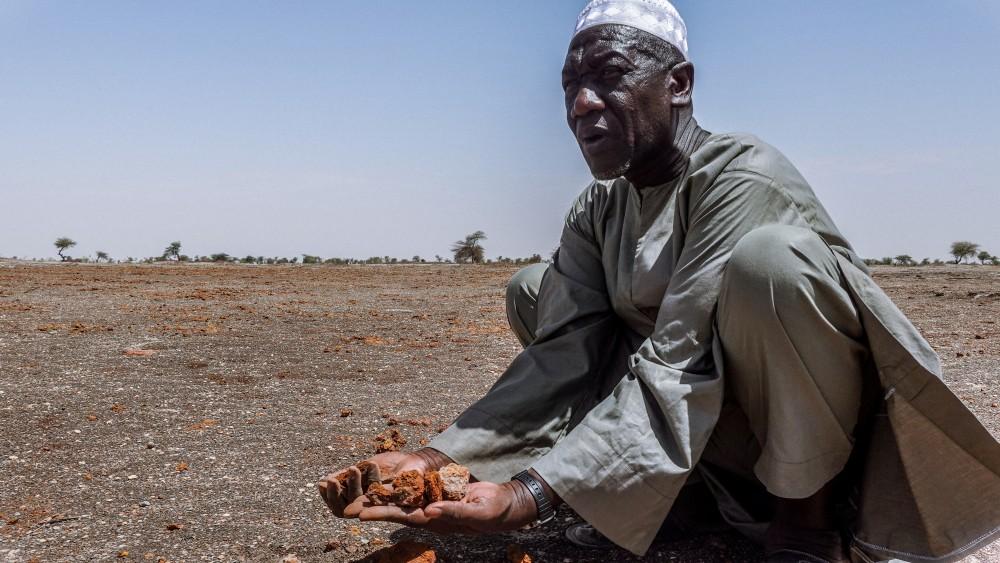 Mali : le désert engloutit le lac Faguibine, la population poussée à l'exode