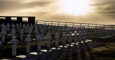 Conflit des Malouines/Falklands : six nouvelles dépouilles de soldats argentins identifiées