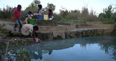 800 000 déplacés au nord du Mozambique : pénuries en eau potable et en soins de santé