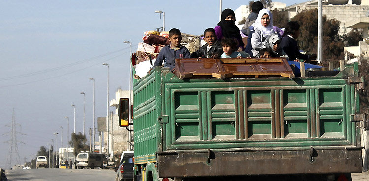 Syria: Growing needs of families displaced to coastal cities
