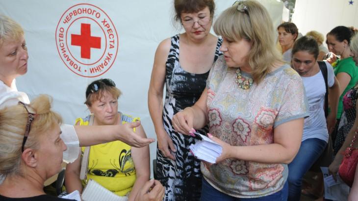 אוקראינה: הוועד הבינלאומי של הצלב האדום מגביר את הסיוע על רקע הפסקת אש שברירית