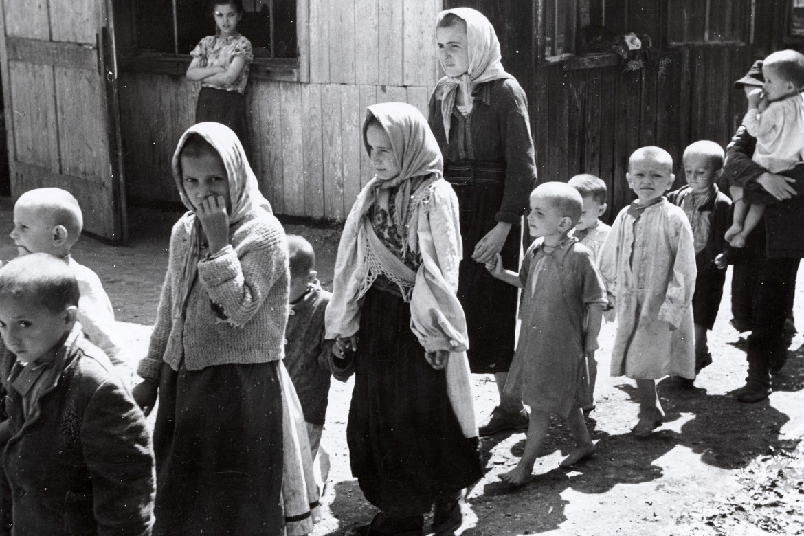 children in wartime For many children the impact of the war began to be felt immediately, with  precautionary evacuations of children from large cities taking place in early  september.