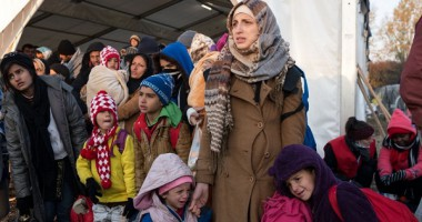 International Migrants Day: How does the ICRC help migrants?