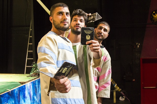 "Mish Zabta – ""it is not working,"" in English – is a new production of the Palestinian Circus School (PCS) that combines acrobatics, music, juggling and humour. BY-NC-ND/ICRC/J. Serrano Redondo"