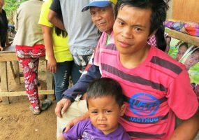 Philippines: Drought-stricken farmers in North Cotabato receive food