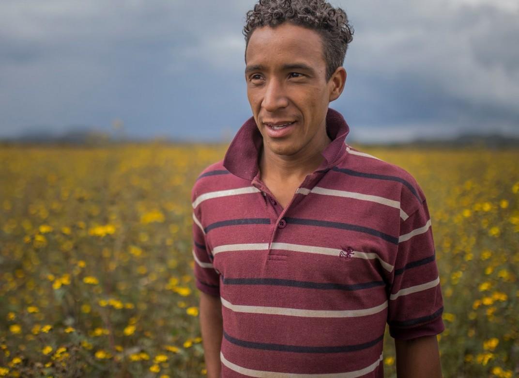סְיּודַד סֶרְדאן, פּוּאֶבְּלָה, מקסיקו. מריאנו עזב את הונדורס לפני עשרה ימים, כשהוא נוסע ברכבות ובאוטובוסים לכיוון ארצות הברית. ברגע שיגיע לגבול, הוא יחליט לאיזו עיר ינסה להגיע. תלוי מי יהיה מוכן לעזור לו. CC BY-NC-ND / CICR / B. Brenda Islas