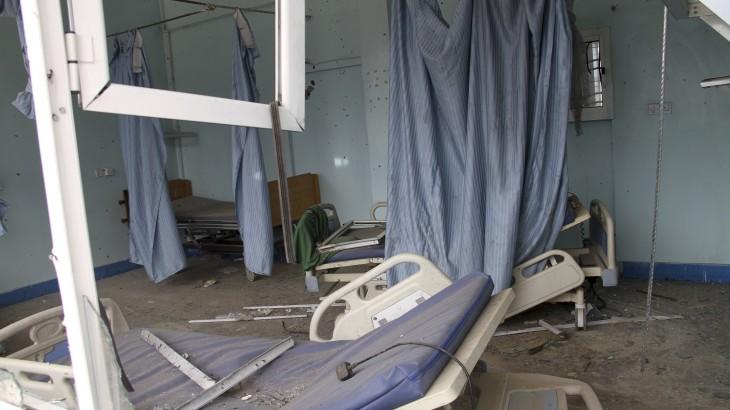 הצלב האדום: עובדי רפואה נתונים להתקפות כל שבוע