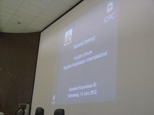 Kuliah Umum Standar Kepolisian Internasional bagi Taruna Taruni Akpol