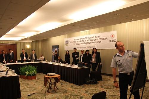 Pelatihan Regional Diplomat di Bandung