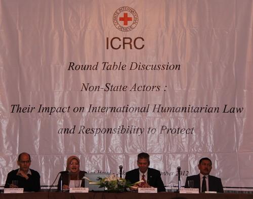 Round Table Discussion: Dampak Terhadap HHI dan Tanggung Jawab Untuk Melindungi Pelaku Non-Negara