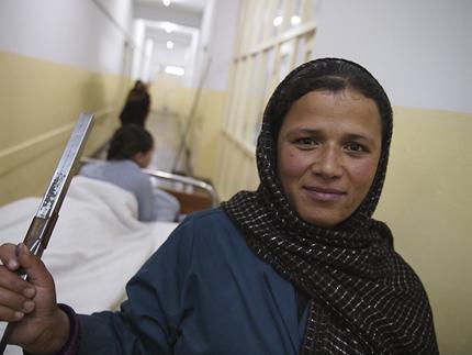 Kisah Wanita Afghanistan yang Terluka Akibat Perang – Haseeba (4)