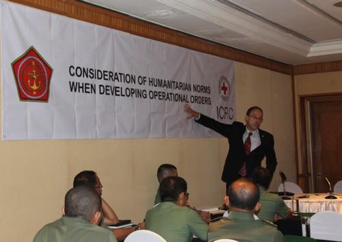Lokakarya Mengenai Pertimbangan Norma Kemanusiaan Ketika Mengembangkan Perintah Operasi