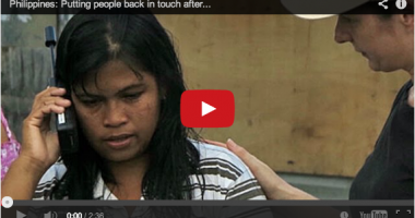 Memulihkan Hubungan Keluarga Para Korban Topan Haiyan