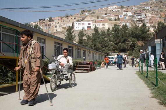 Afghanistan : Mencetak profesional untuk bantu korban perang yang terluka dan cacat