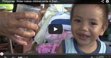 Filipina: Air membuat anak-anak tersenyum di Samar Timur
