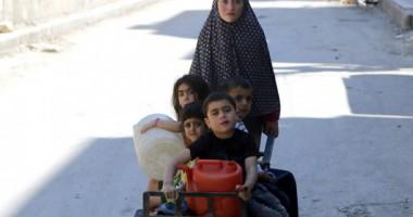 ICRC Memberikan Bantuan Pangan Darurat di Bagian Timur Desa Aleppo, Suriah