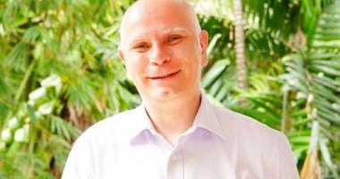 Frederic Fournier: Keliling Dunia Untuk Kemanusiaan