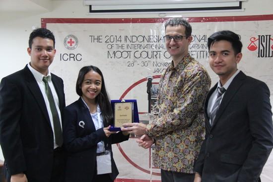 UI Kembali Mewakili Indonesia Pada Kompetisi Moot Court di Hong Kong 2015