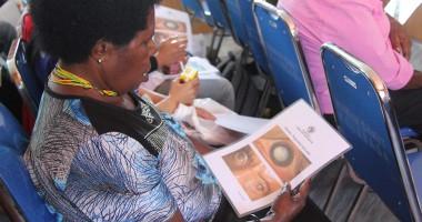 Pembekalan Kesehatan Mata Bagi para Tenaga Kesehatan di Tolikara