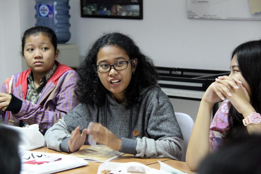 Peserta cukup antusias untuk mengetahui seluk beluk bekerja di ICRC. © ICRC / Ursula N. Langouran