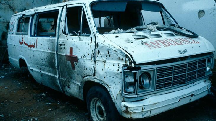 Yang terluka dan sakit ketika konflik bersenjata berhak atas layanan kesehatan