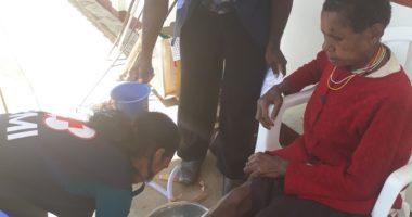 PMI dan ICRC Membedah Mata di Ketinggian 2600m