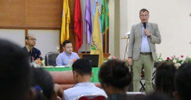 Merangkai benang merah antara Hukum Humaniter dan adat istiadat Maluku