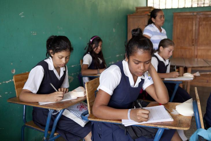 Akses ke pendidikan