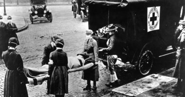 From the 'Spanish Flu' to COVID-19: lessons from the 1918 pandemic and First World War
