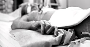 Palliative care, COVID-19 and humanitarian action: it's time to talk.