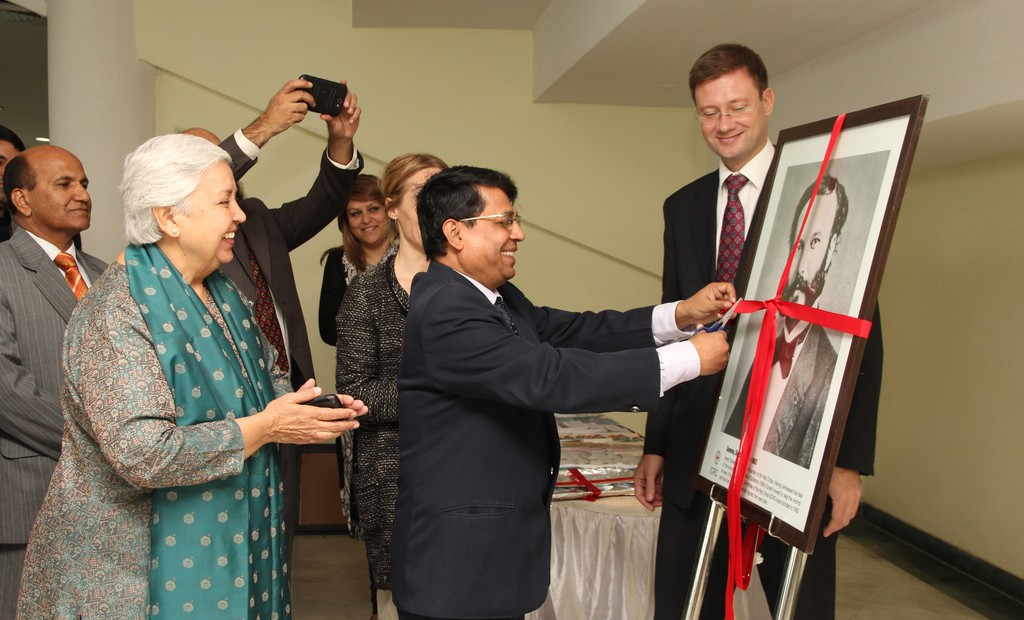 ICRC celebrates 150th Anniversary – holds photo exhibition in Universities