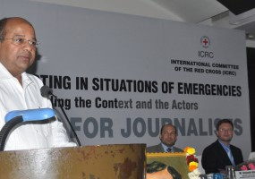 Ethics of Reporting in Emergencies: Can journalists also play the role of aid workers?